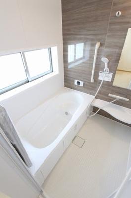 ゆったり過ごせるお風呂です:建物完成しました♪♪毎週末オープンハウス開催♪八潮新築ナビで検索♪