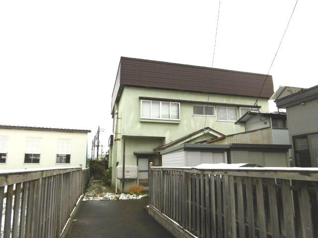 【外観】黒石市駅近中古住宅