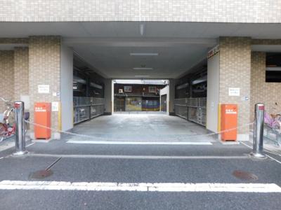 車をお持ちの方に嬉しい駐車場がある物件です