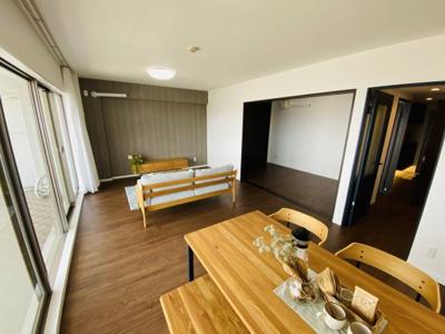 【居間・リビング】ルネシーズンズ千里の丘8番館