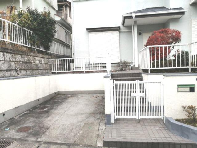 【駐車場】大磯町石神台戸建住宅