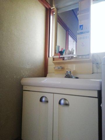 【洗面】忙しい朝には欠かせない洗面所です