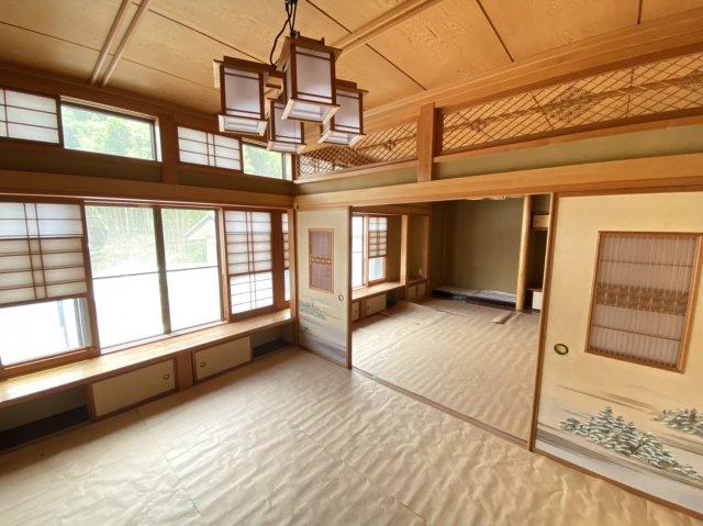 【和室】日本らしい落ち着いた雰囲気の和室です