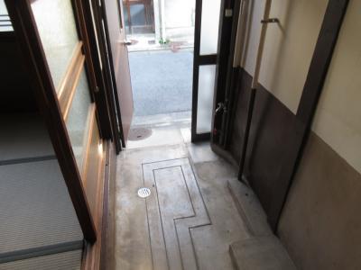 【玄関】西院下花田町貸家・西