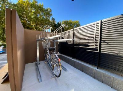 敷地内に駐輪場を完備しています♪自転車はちょっとした移動手段に便利ですよね!