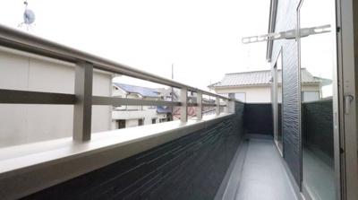 陽当たり良好なバルコニーです 吉川新築ナビで検索