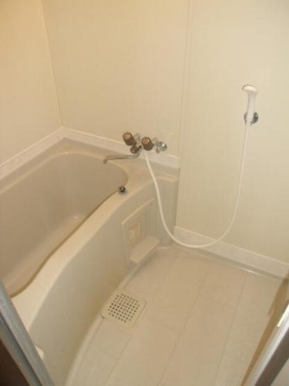 【浴室】若松セントラルビレッジ