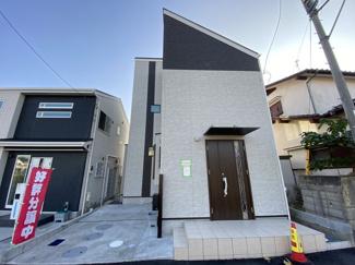 全3棟のオシャレな外観のデザイナーズ住宅です。