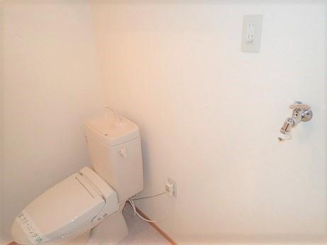 ウォシュレットと安心の自動ストッパ水栓(305)