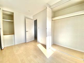 収納が多い居室はお洋服を沢山お持ちの方のお部屋にピッタリ!