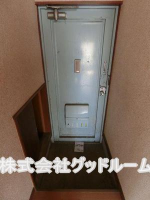 【玄関】塚本マンション