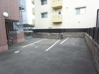 【駐車場】ノーブルコート