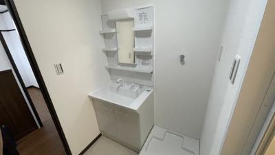 使いやすい洗面所です。