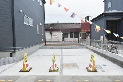 駐車場並列2台