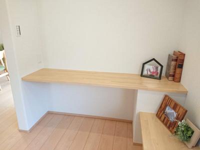 キッチン横ホビースペース