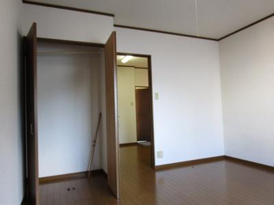 【洋室】京奈ハイツ