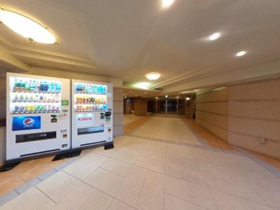 建物内に自販機が2つあります!