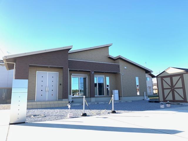 【外観】太田市中根町太陽光・蓄電池付き平屋中古戸建