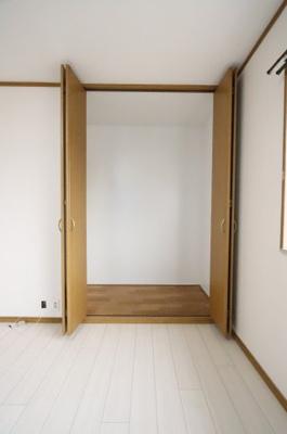 たっぷりとした収納スペースです 吉川新築ナビで検索