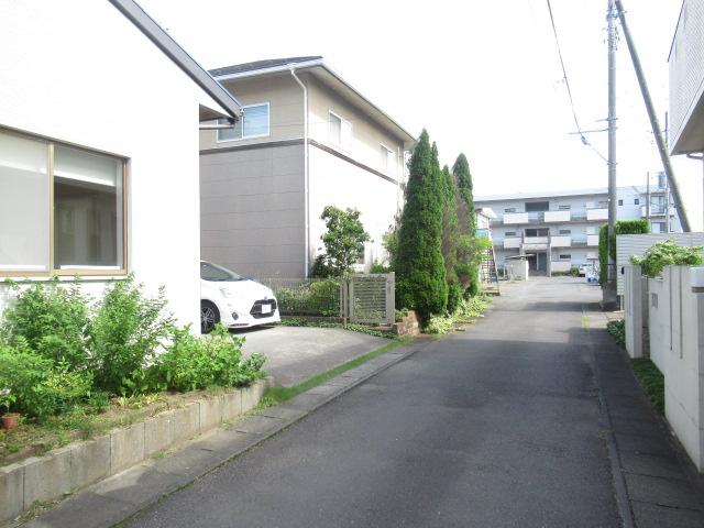 【前面道路含む現地写真】元吉田町中古一戸建
