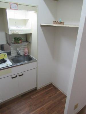冷蔵庫置き場です