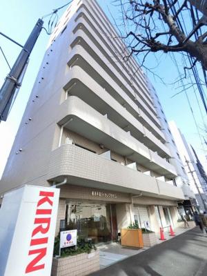 JR・私鉄各線「横浜」駅徒歩8分! 総戸数98戸、昭和62年9月築、管理人は日勤勤務につき管理体制良好です♪