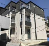 《2020年築!満室!木造8%》横浜市金沢区六浦東1丁目一棟アパートの画像