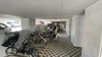 【駐輪場】千里山ロイヤルマンションA棟