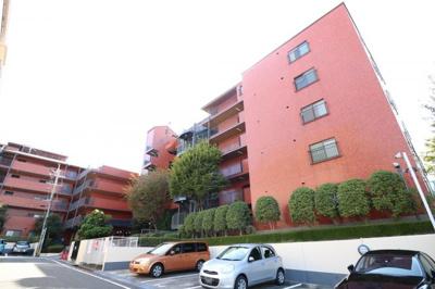 【現地写真】 鉄筋コンクリート造の69戸♪分譲マンション♪