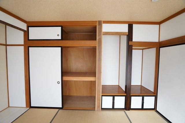 収納もたっぷりとあるのでお部屋すっきり片付きすね♪
