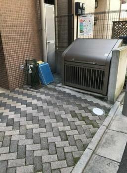 敷地内ゴミ置き場完備!