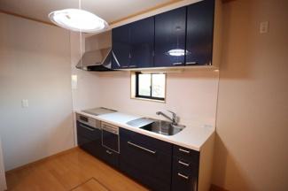 木更津市中島 中古一戸建 袖ケ浦駅 食洗器付きで毎日の洗い物も助かります。