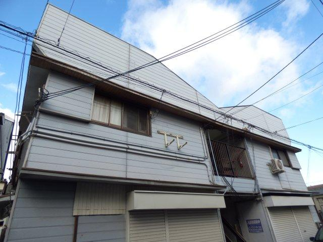 尼崎市西難波町1丁目にございます。