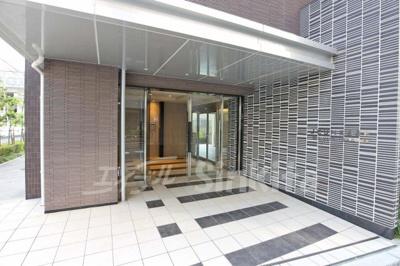 【エントランス】ジュネス新大阪レジデンス