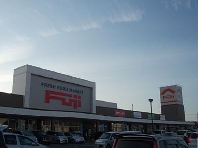松山市立鴨川中学校 378m