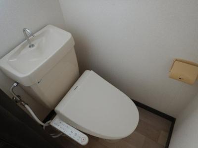 福島 エスパシオβ 1LDK トイレ