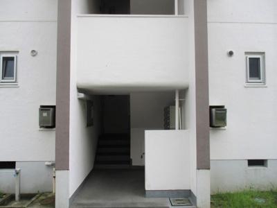 【エントランス】高倉台5-1団地13号棟