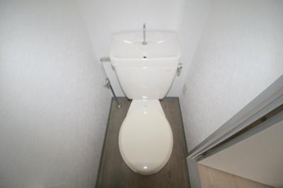 【トイレ】プチハイツ服部