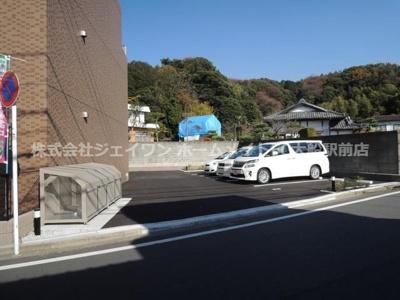 【駐車場】ロイヤル中央