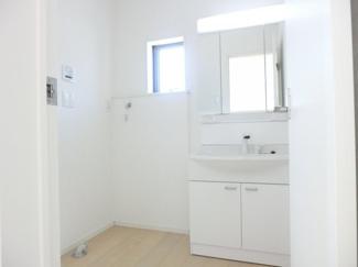 洗面台施工例です。