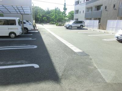 【駐車場】シャングリラⅠ