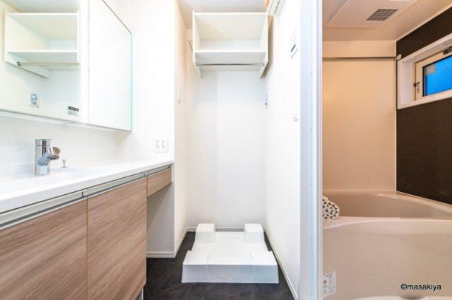 【浴室】ドゥ・ヴィラージュ吉田