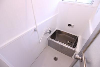 【浴室】山手6丁目貸家