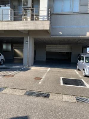 【駐車場】北日本新聞貸事務所