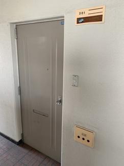 【玄関】角野マンション