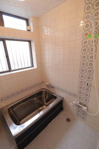 【浴室】古河市三和 中古一戸建て