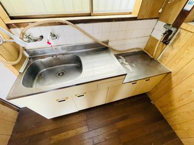 【キッチン】泉が丘3丁目戸建