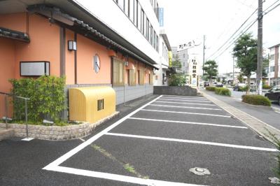 【駐車場】アセンドビル