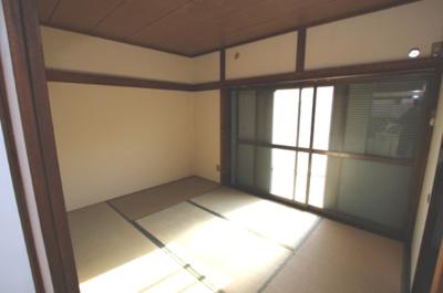【居間・リビング】第二秋元荘