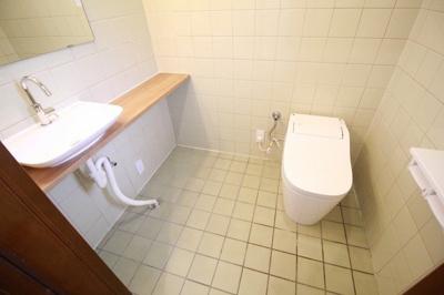 【トイレ】狛江市中和泉2丁目 戸建
